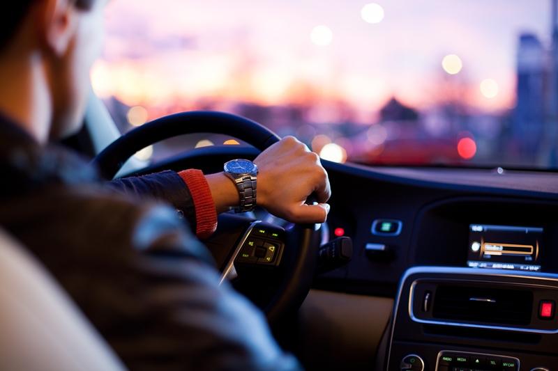 В Канаде вступают в силу новые правила вождения, которые влияют на иммигрантов