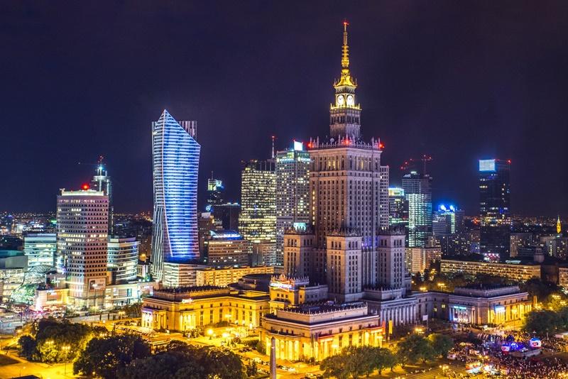 Польша заняла второе место среди лучших стран мира для инвестиций и ведения бизнеса