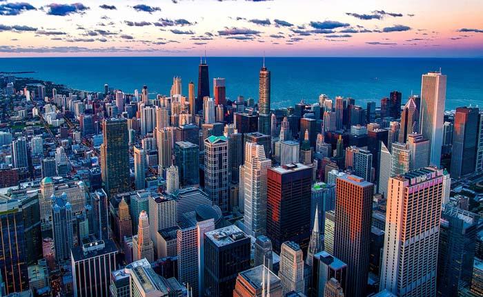 Сколько нужно зарабатывать, чтобы купить жилье в американском мегаполисе?
