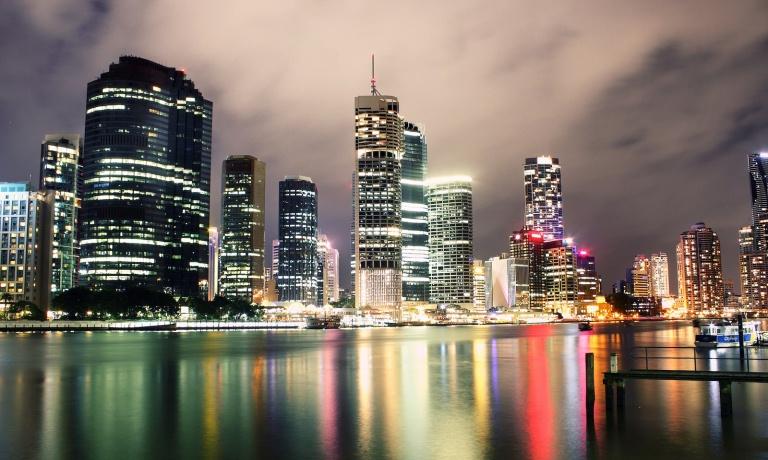 В Сиднее и Мельбурне цены на жилье стремительно падают, а в Тасмании и Северной Территории - растут
