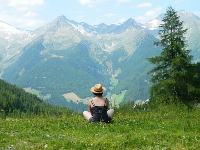 Бесплатное образование, дом в Альпах и работа-мечта: лучшие новости об иммиграции в другие страны