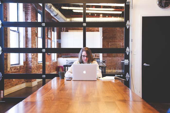 20 самых высокооплачиваемых профессий для женщин в США