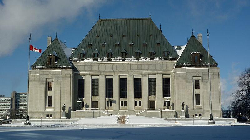 Адвокаты подали в суд на правительство Квебека за отмену иммиграционных заявок