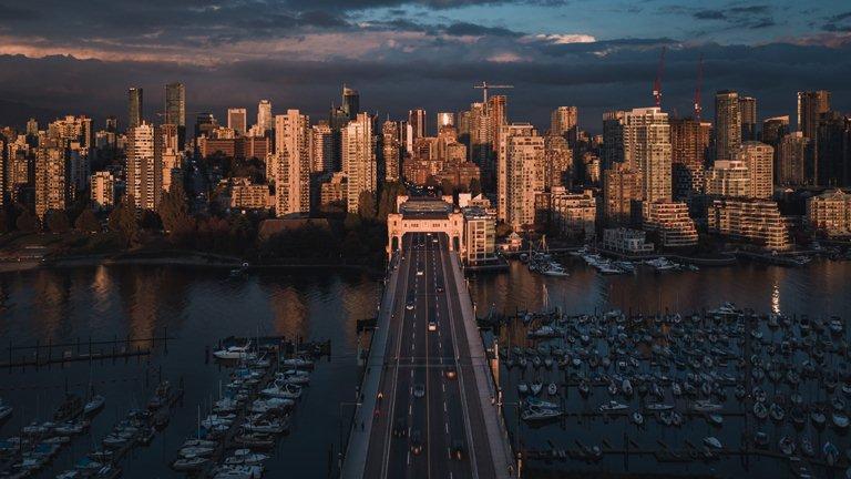 Канада побила 100-летний рекорд по уровню иммиграции