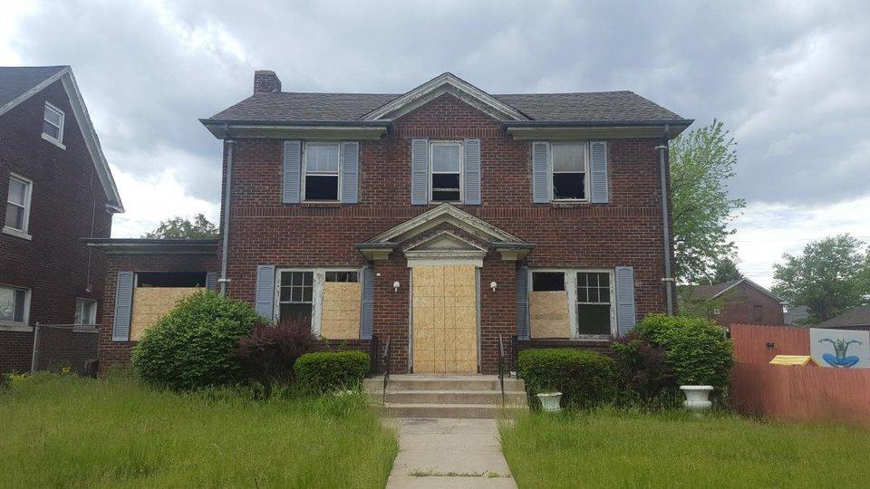 Как купить дом в Америке за 1 доллар?