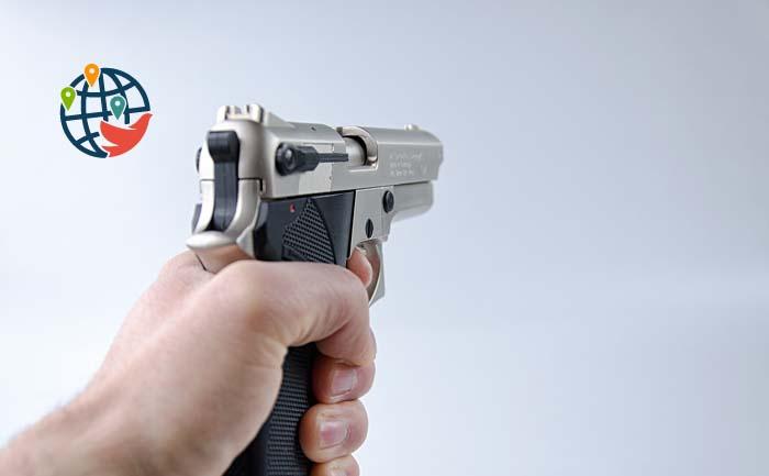 Массовые убийства в США: в двух штатах расстреляли 28 человек