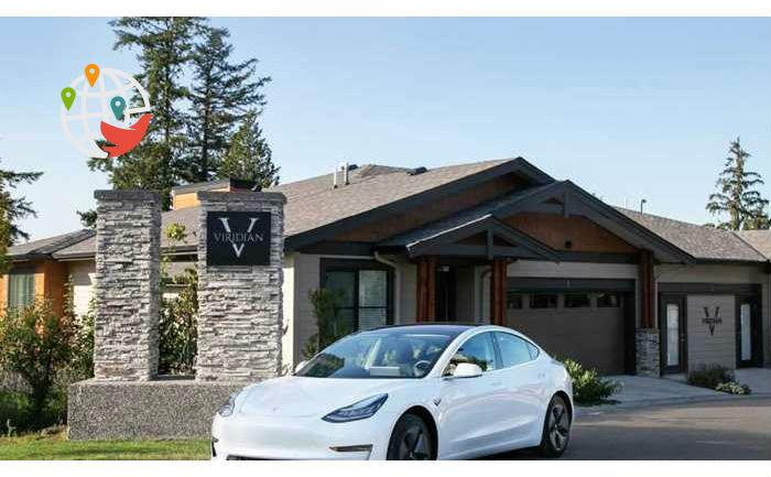 В Британской Колумбии дарят автомобиль Tesla за покупку дома