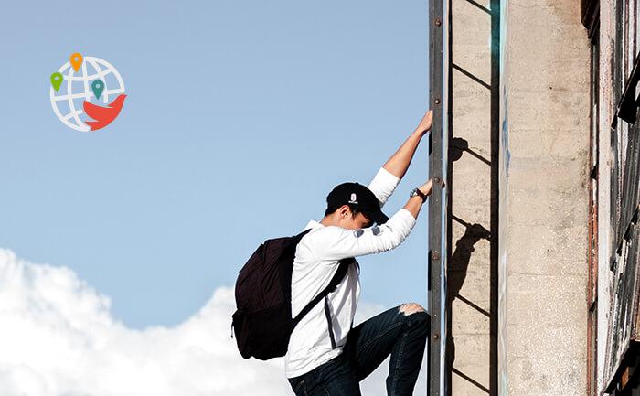 Иммигрантам в Канаде сложно продвинуться по карьерной лестнице