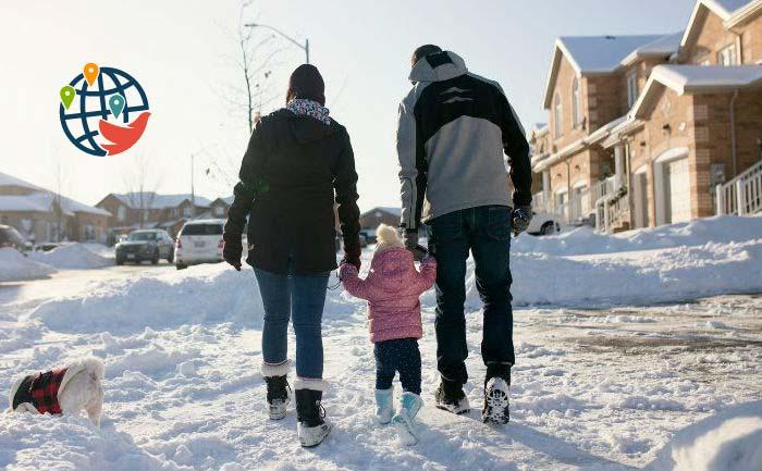 Побег из Торонто: жители массово покидают мегаполис