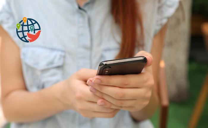 Нарушающих самоизоляцию канадцев могут начать отслеживать через их смартфоны