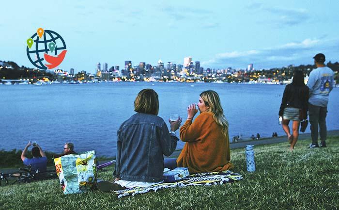 Канадцам могут разрешить распивать алкоголь в парках и на пляжах