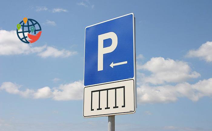 Найти парковку в центре Монреаля станет легче