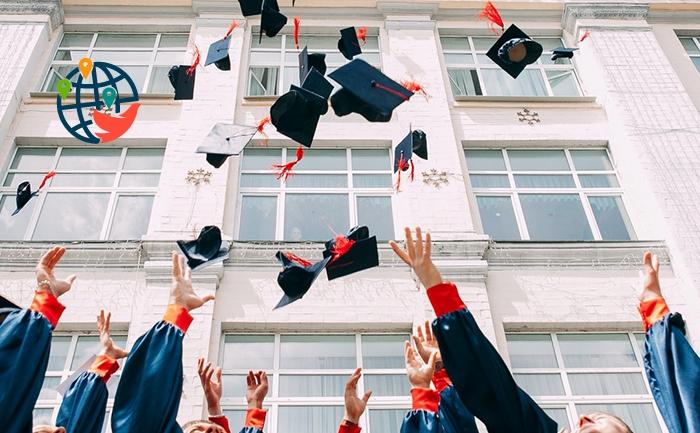Канадские вузы начинают принимать иностранных студентов