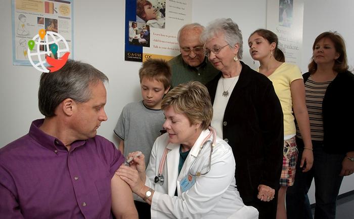 Кто в Канаде первым получит вакцину от COVID-19?