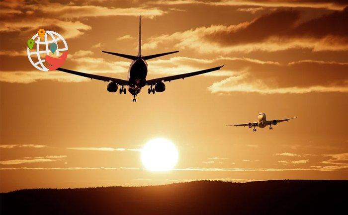 Канада возобновляет авиасообщение с Великобританией