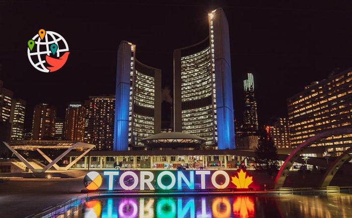 Как в Торонто попадают заболевшие COVID-19?