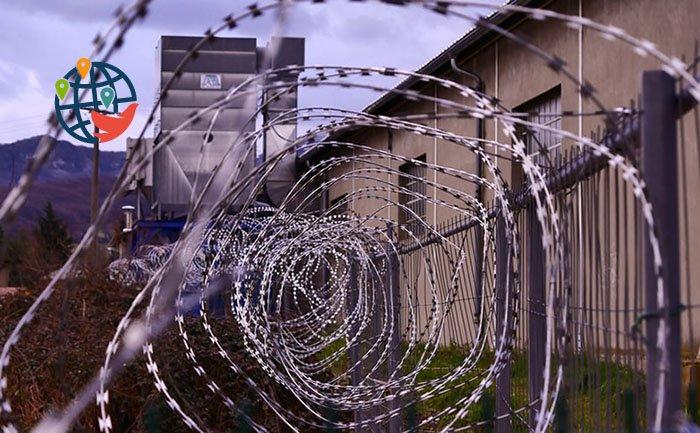 Как получить разрешение на возвращение в Канаду после депортации