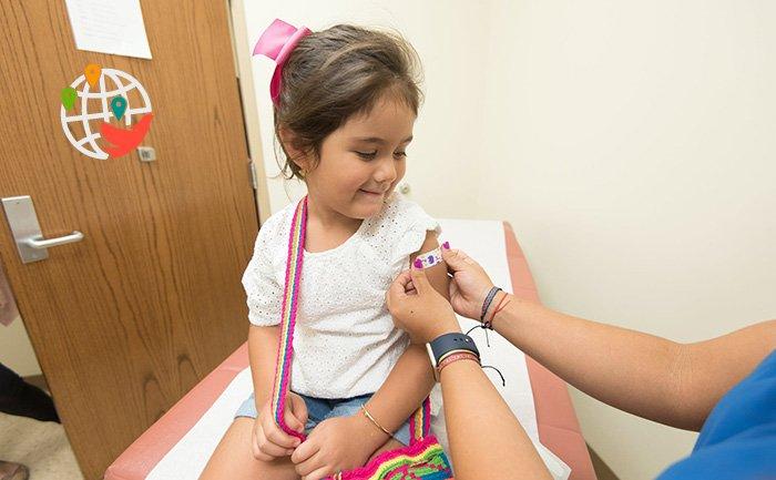 Долгожданная вакцина для детей и подростков