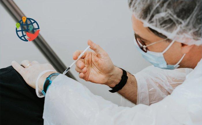США обещает помочь Канаде с вакцинами