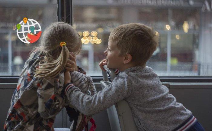 Одна из провинций Канады сделает проезд для детей бесплатным