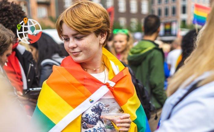Онтарио продолжает поддержку студентов-представителей сексуальных меньшинств