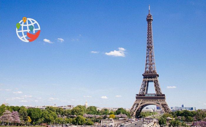 Франция открыла границы для жителей Канады
