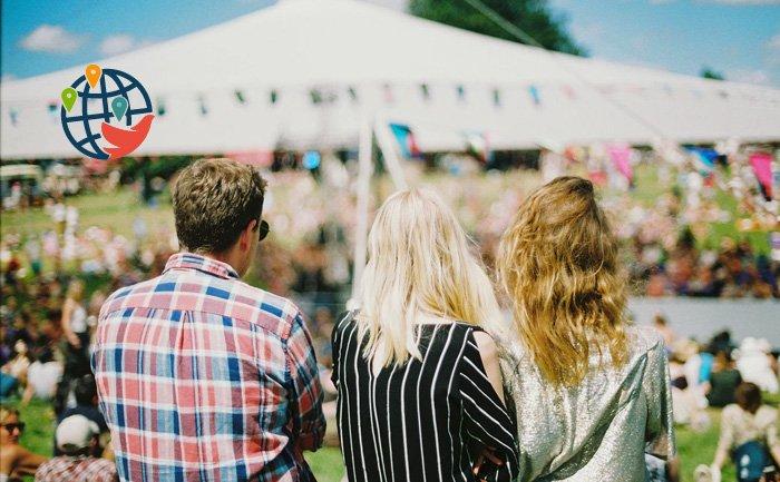 В Квебек возвращаются фестивали и встречи без масок